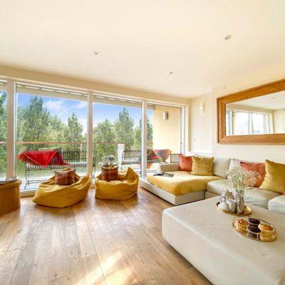 Velvet-Lodge-Living-Area