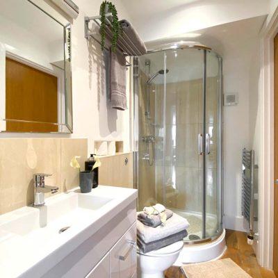 Velvet-Lodge-Shower-2nd-Floor